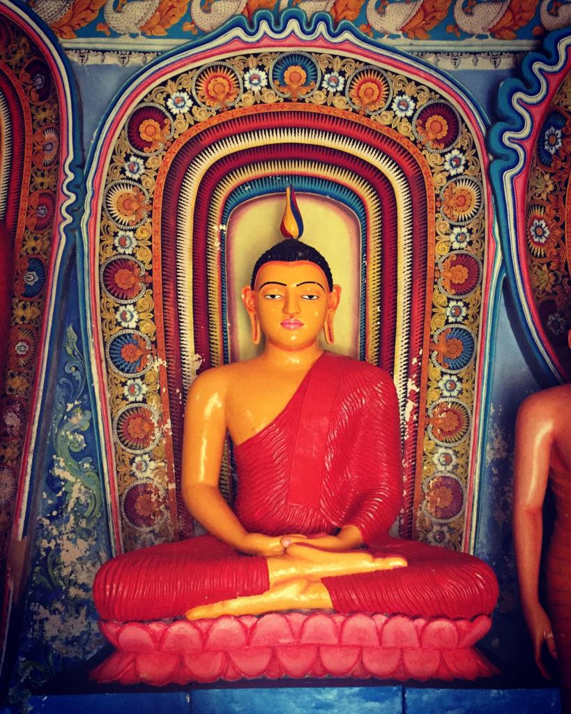 Statue from an old Sri Lanka temple: Sri Lanka in 3 weeks